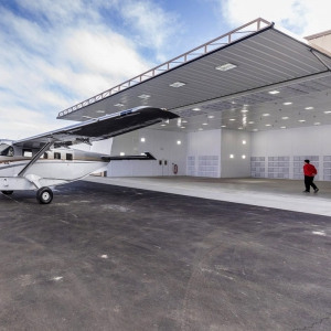 Hydraulic Aircraft Hangar Door